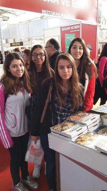 GKV'li Öğrenciler TÜYAP Kitap Fuarına Çıkarma Yaptı
