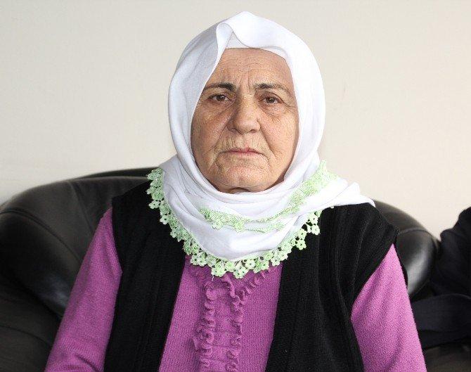 Barış Anneleri Hakkari'de Açlık Grevine Başladı