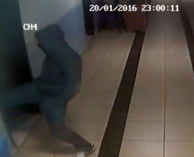 Şehit Polis İçin Okutulacak Mevlit Parasını Çaldılar
