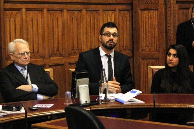 Lord Maclennan: Hizmet'in radikalizme çözüm önerileri tüm dünyaya duyurulmalı