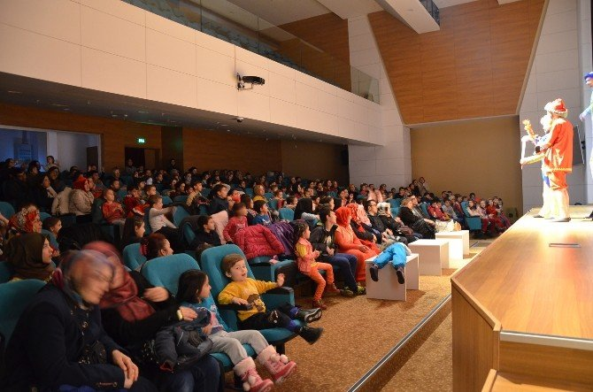 Tiyatro Günleri'nde 6 Bin 600 Öğrenci Tiyatro İle Tanıştı