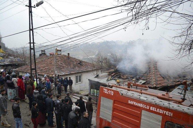 Yangında Balkondan Atlayan Kadın Yaralandı