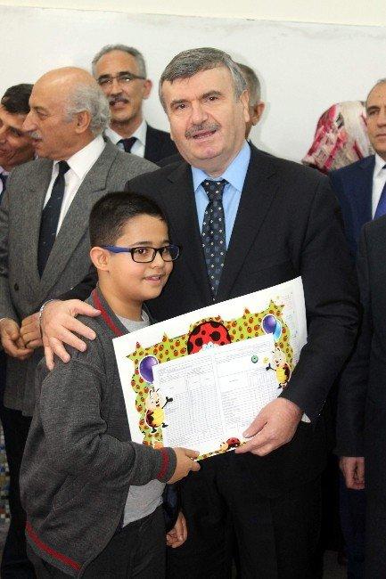 Konya'da 435 Bin 930 Öğrenci Yarı Yıl Tatiline Girdi
