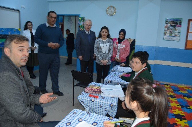 Kaymakam Güven'den Özel Eğitim Sınıfına Ziyaret