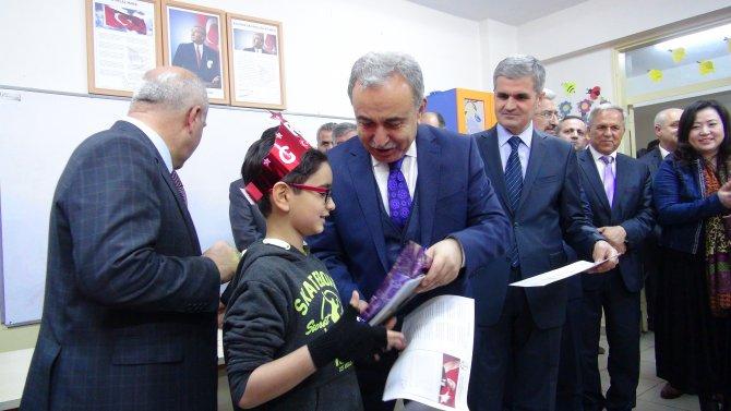 """""""Eğitime dahil edilmeyen her Suriyeli çocuk Avrupa için tehlikedir"""""""
