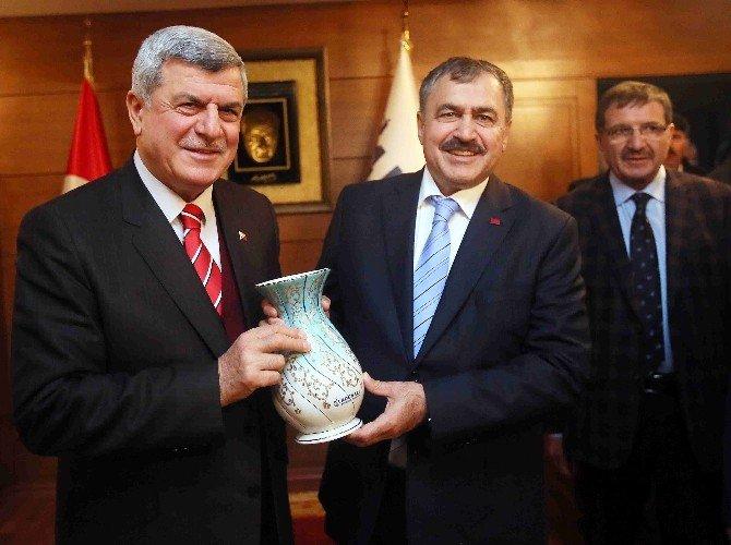 Bakan Eroğlu'ndan Kocaeli Büyükşehir'e Ziyaret