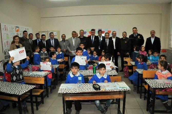 Akşehir'de 19 Bin 427 Öğrenci Karne Aldı