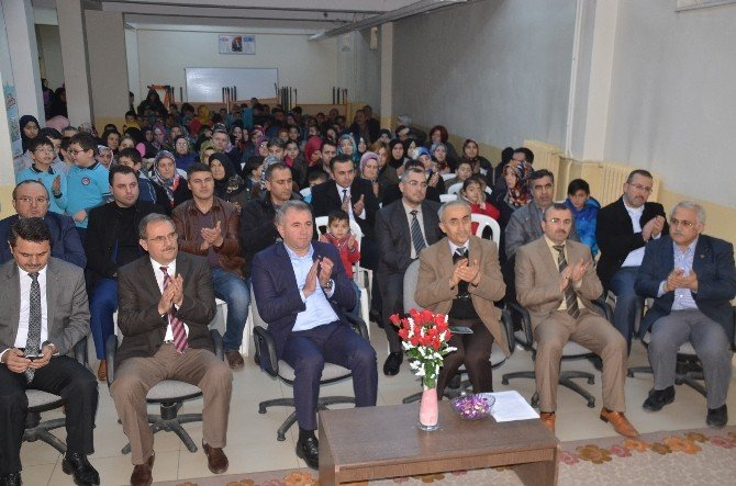 Sinop'ta Öğrencilerin Karne Heyecanı