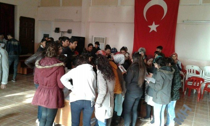 İdil'de Binlerce Öğrenci Karnelerini Alamadı