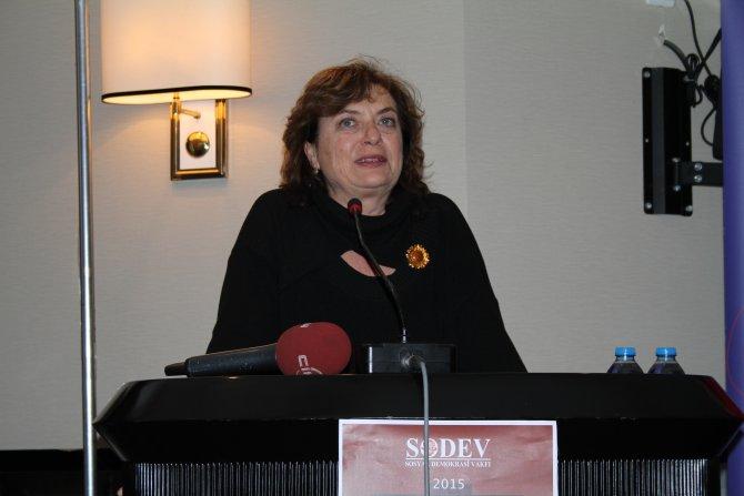 Can Dündar, Erdem Gül ve Tahir Elçi'ye demokrasi ve barış ödülü