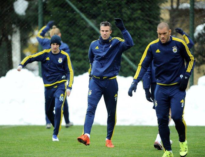 Fenerbahçe'de Robin van Persie sevinci