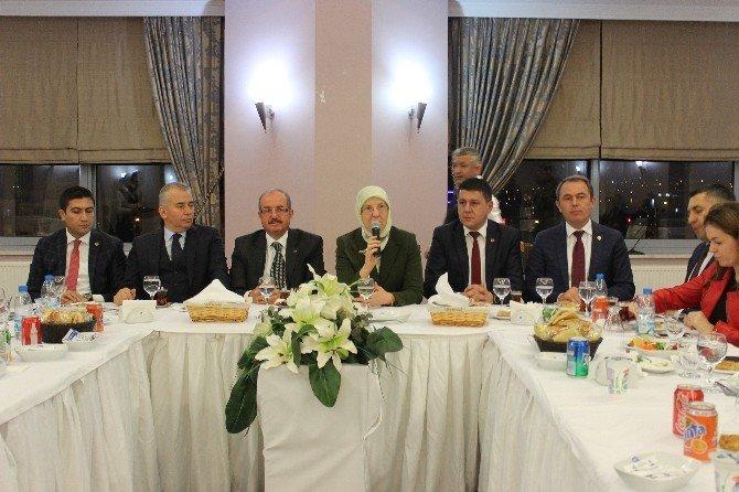 Bakan Ramazanoğlu, Gazetecilerle Buluştu