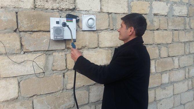 Azerbaycanlı elektrikçiden gaz sızıntısını ev sahibine telefonla bildiren alarm