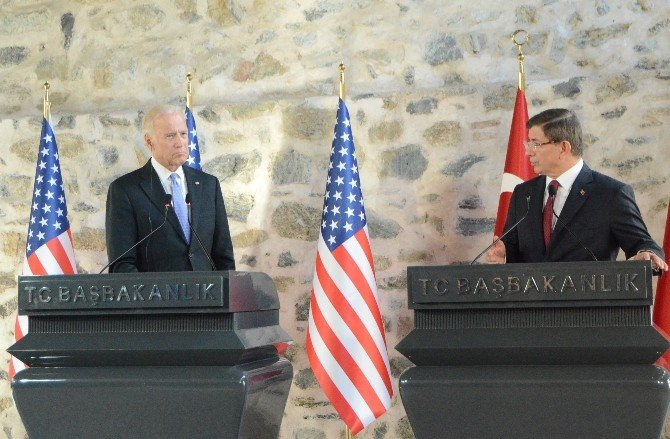 "Davutoğlu: ""ABD'de El Kaide Barikat Kursa, Ona Karşı Tutumumuz Net Olurdu"""