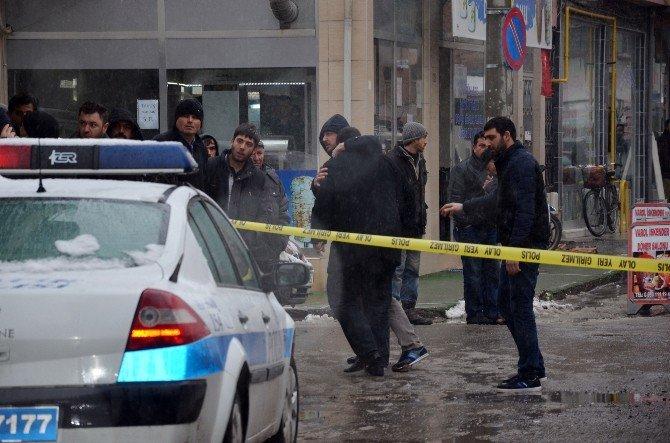 Bafra'da Bir Kişi Bıçakla Öldürüldü