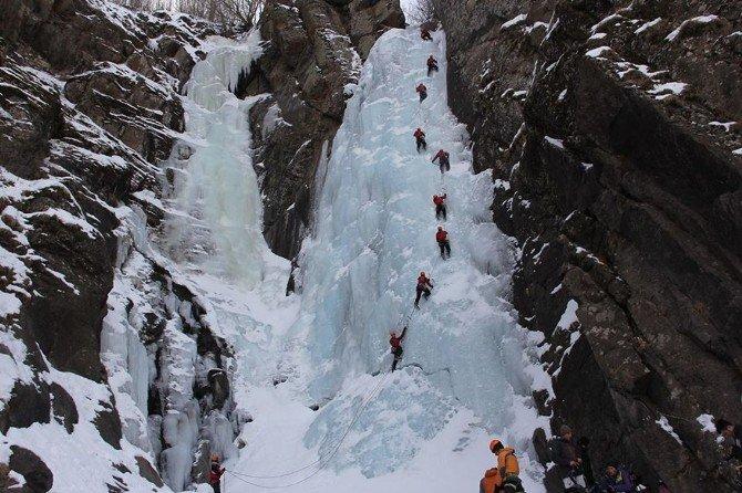 Erzurum'da Uluslararası Buz Tırmanış Festivali