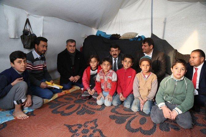 Eyyübiye Belediyesinden Suriyelilere Yardım