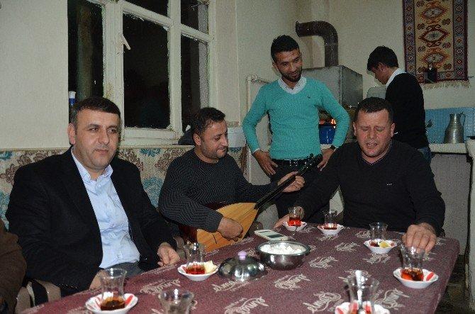 Kış Mevsiminde Türküler Eşliğinde Köz Çayı Keyfi