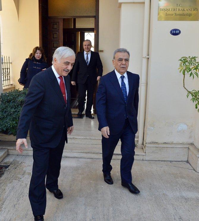 Kocaoğlu, Dışişleri Bakanlığı İzmir Temsilcisi Dibek'i ziyaret etti