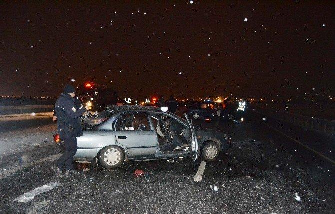 Aynı Yerde 2 Kaza: 1 Ölü, 8 Yaralı