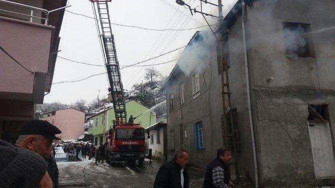 Niksar'da Yangın