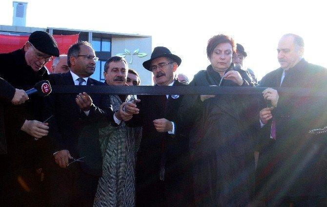 Uğur Mumcu Parkı Hizmete Açıldı