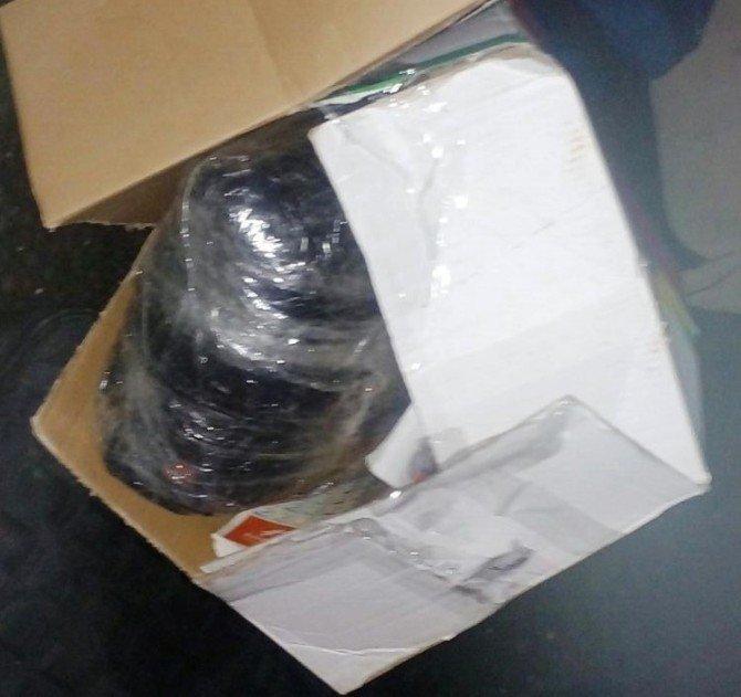 Bagaja Gizlenen 3.5 Kilogram Esrar Maddesini Narkotik Köpeği Buldu