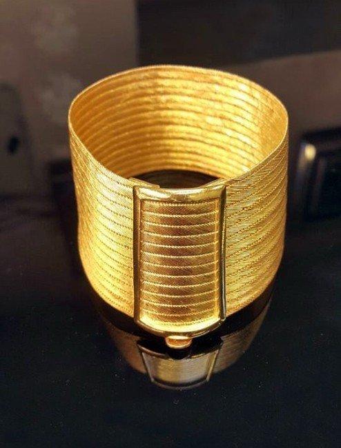 Kuyumcuya Sahte Altın Sattı