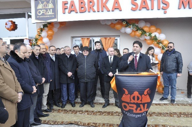 Oral ET, Fabrika Satış Mağazasını Hizmete Açtı