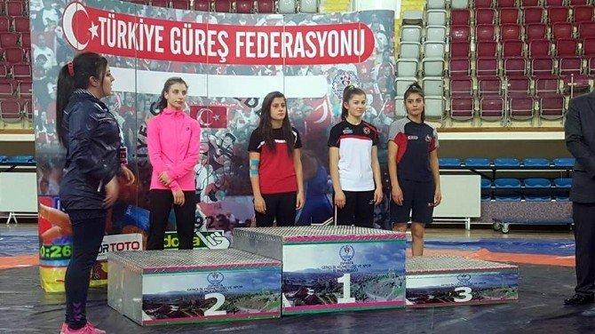 Zeliha Kara Türkiye Şampiyonu Oldu