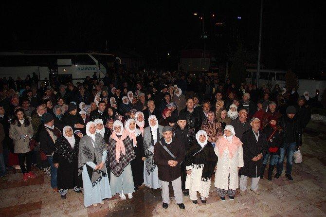 53 Kişilik Umre Kafilesi Kutsal Topraklara Uğurlandı