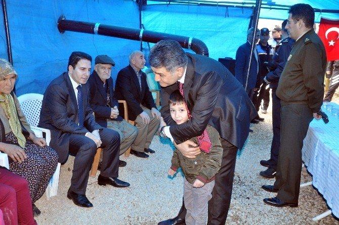 Şehit Polisin Oğlu Vali'den Oyuncak İstedi