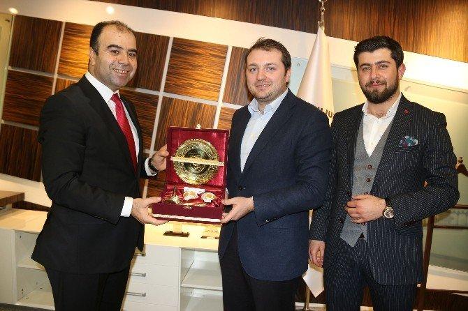 AK Parti Gençlik Kolları Genel Başkanı Melih Ecertaş Şanlıurfa'da
