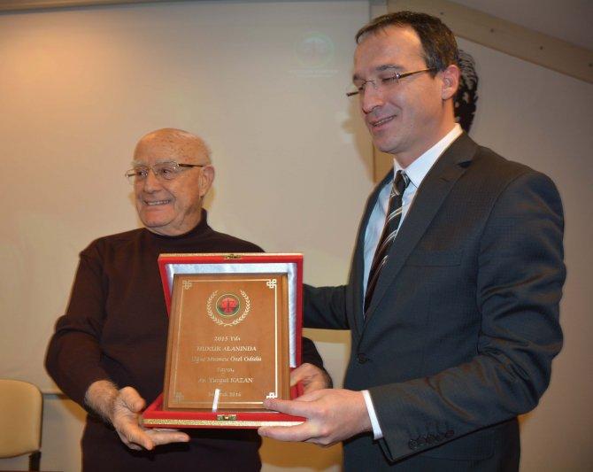 Antalya Barosu 2015 Yılı Uğur Mumcu Hukuk Özel Ödülü, Turgut Kazan'a verildi