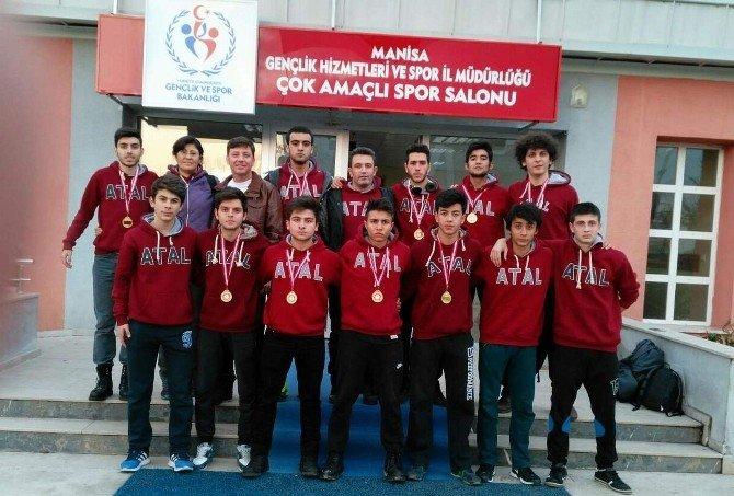 Efeler Atatürk Anadolu Lisesi, Aydın'ı Yarı Finalde Temsil Edecek
