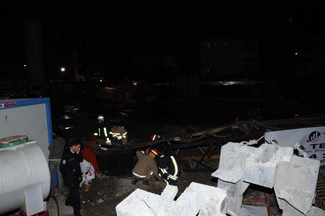 Çanakkale'de vinç devrildi: 1 ölü, 1 yaralı
