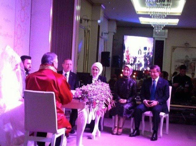 Cumhurbaşkanı Ve Başbakan, Ekonomi Bakanı Elitaş'ın Oğlunun Düğününe Katıldı