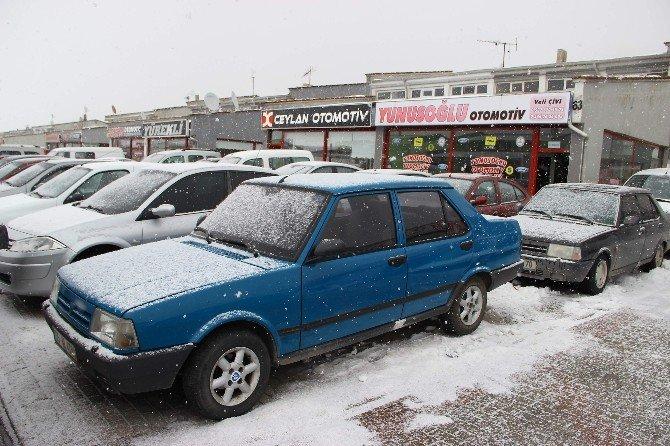 Araç Satışlarına Kar Engeli