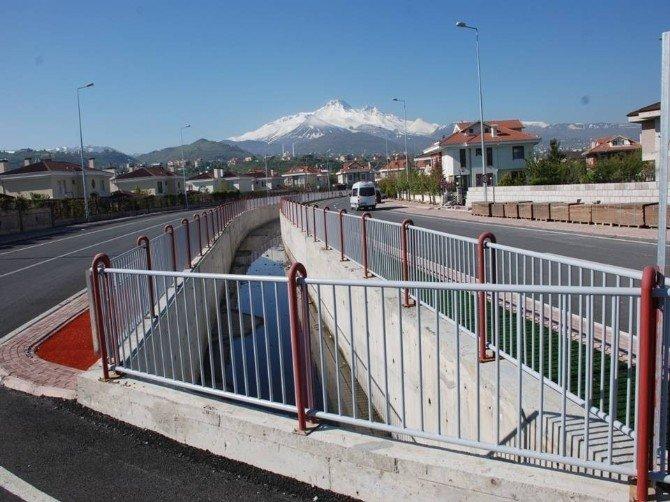 9 Mahalleyi Kapsayan Taşkın Su Kanalları İle Rahat Bir Yağış Sezonu