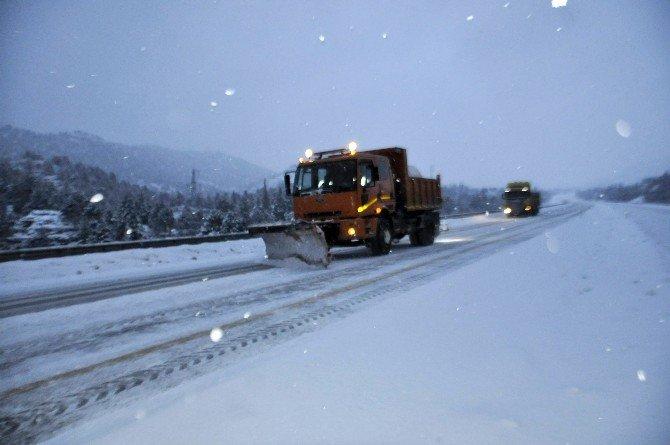 Seydişehir'de Kar Hayatı Olumsuz Etkiliyor