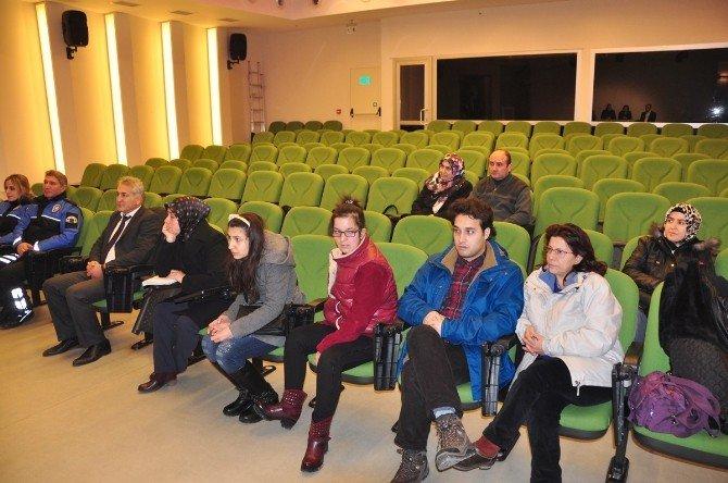 Bu Tiyatroda Engelliler Yer Alacak