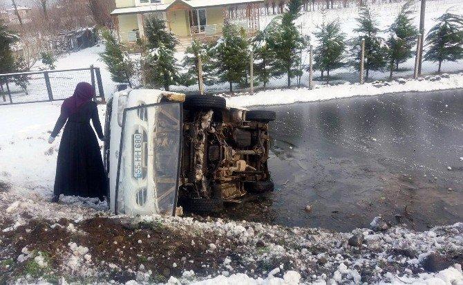 Samsun'da Yollar Buz Pistine Döndü