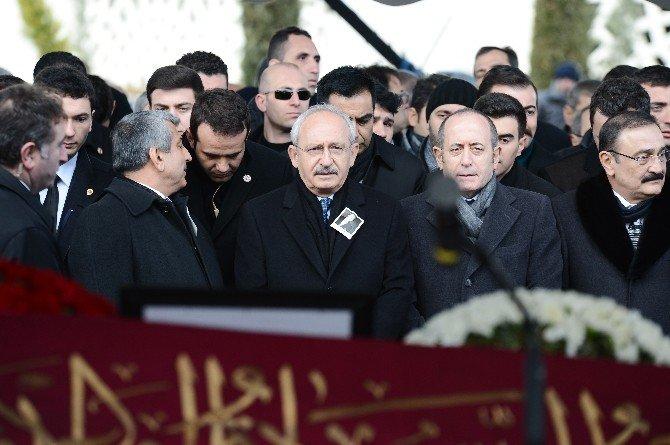 Mustafa Koç Son Yolculuğuna Osmanlı Sancağı İle Uğurlanıyor