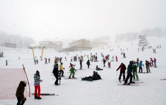 Uludağ'da sömestr tatili ve hafta sonu yoğunluğu