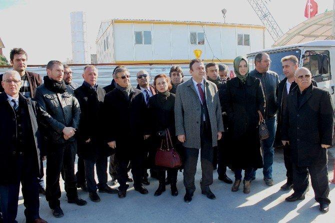 AK Parti Heyeti, Kazanın Yaşandığı İnşaatta İnceleme Yaptı