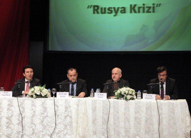 'Yeni Türkiye Buluşmaları'nda Rusya Krizi Tartışıldı