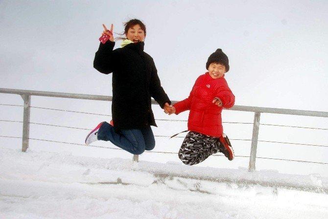 Antalya'da Kar Turizmine Güney Kore Dopingi