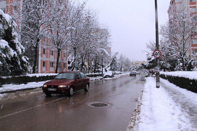 Karla Mücadele Ara Sokaklarda Devam Ediyor