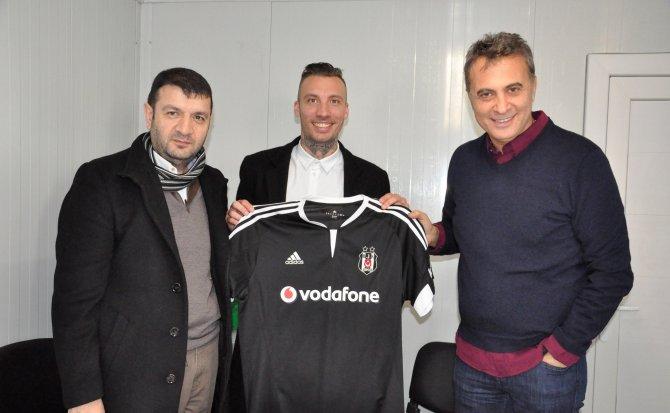 Fikret Orman, Alexis Delgado ile Vodafone Arena Stadı'nda buluştu