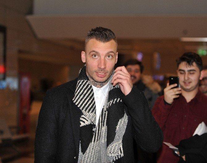 Beşiktaş'ın Yeni Transferi Alexıs Delgado İstanbul'da